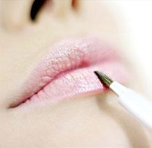 Обветривание губ