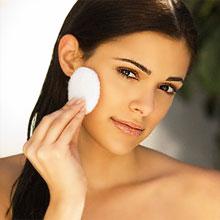 Очищение кожи лица в домашних критериях. Традиционные средства для очищения сухой и жирной кожи