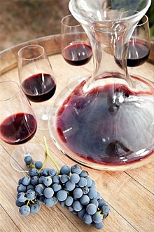Как сделать вино в домашних условиях из красного винограда