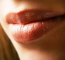 нежные губы