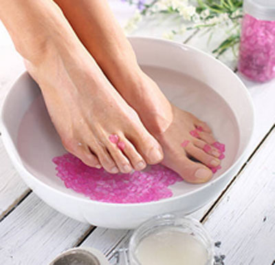Ванночки с солью для суставов боль в голеностопе и коленных суставах при ходьбе
