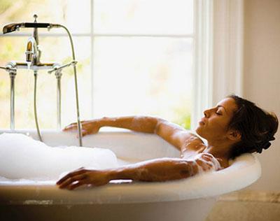 Как приготовить успокаивающую ванны для нервов и хорошего сна