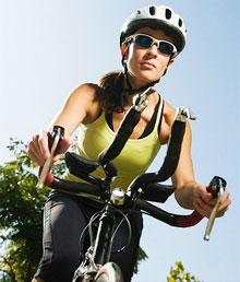 Девушки на велосипеде с красивой грудью, голая женщина трахает жену видео и багатоможыков трахуются с женщиной