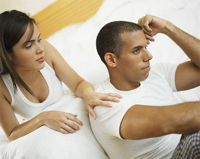 Мужчина обижает женщину: как и почему это происходит