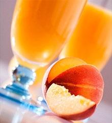 Как сделать сок из персиков