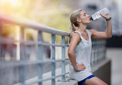 Водная диета как пить воду, чтобы похудеть.