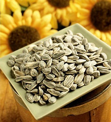 Полезные свойства подсолнечных семечек для женщин