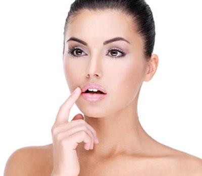 Заеды в уголках рта - причины и лечение